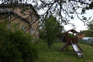 Skluzavka na zahradě ZŠ a MŠ Lubojaty